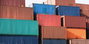 containers-1024x512-002-300x150